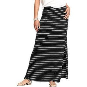 Old Navy Striped Pull On Maxi Skirt